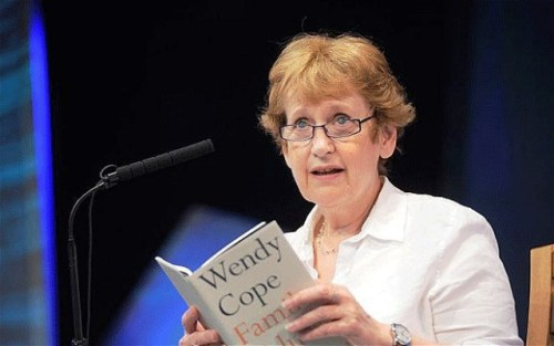 Wendy Cope at the Hay Festival - Telegraph image