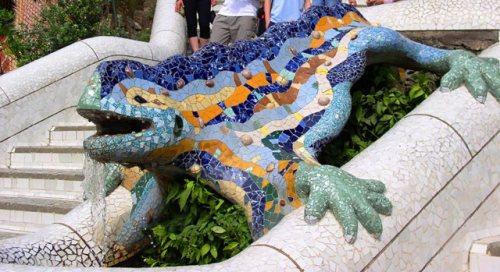 Reptile_Parc_Guell_Barcelona-Baikonur